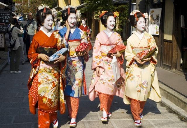 Học từ vựng tiếng Nhật các loại trang phục hàng ngày